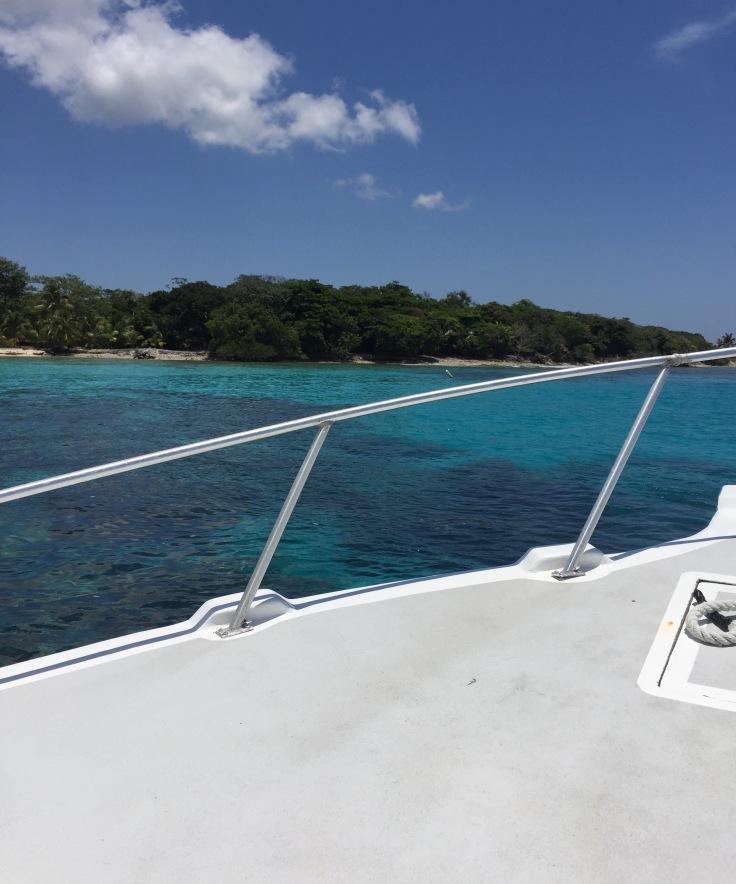 boat-ride-utila