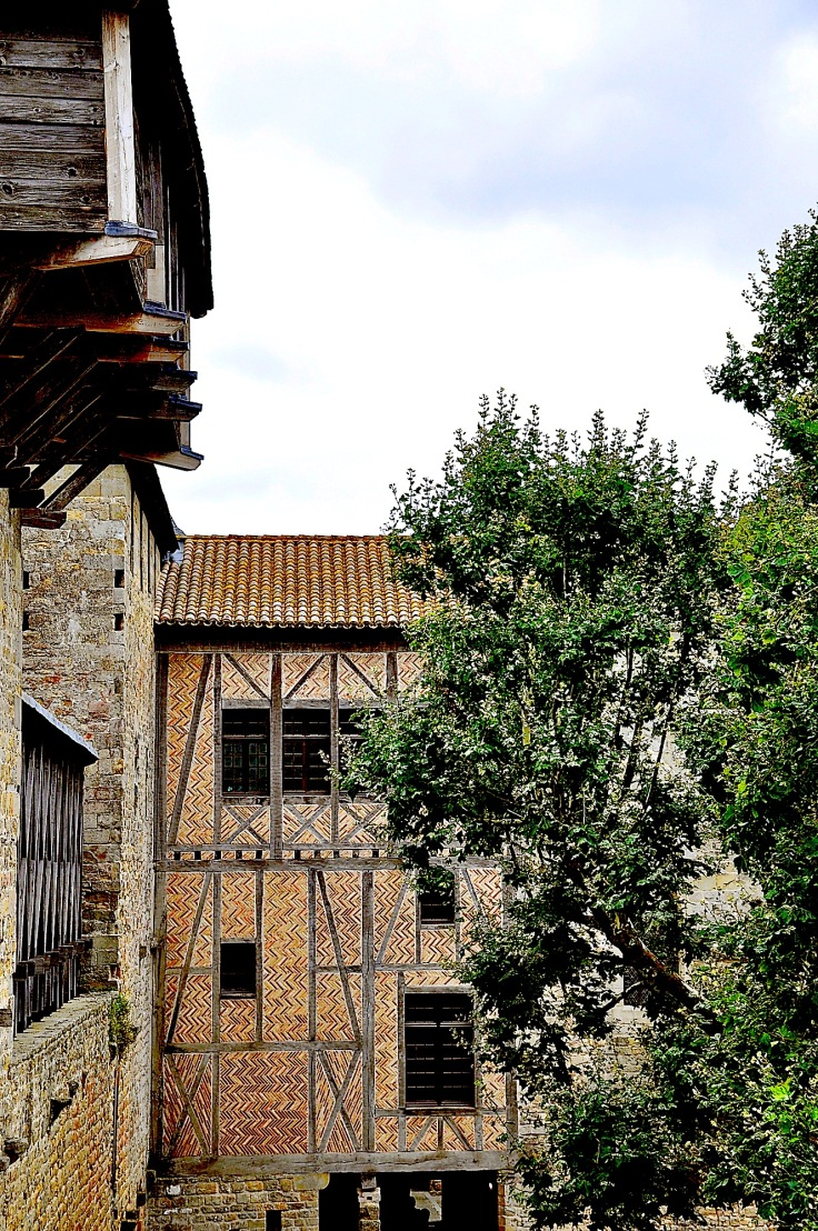Carcassonnecastlebrickwork
